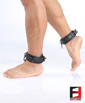 LEATHER SUPREME CHOKER ANKLE RESTRAINTS AK005