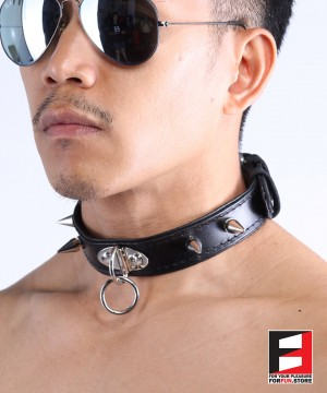 LEATHER RING-CHOKER COLLAR WITH SPIKES CL009C