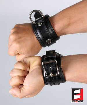 LEATHER BASIC WRIST RESTRAINTS WR001