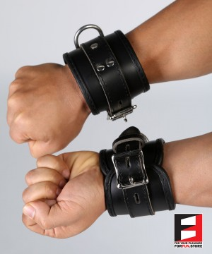 LEATHER PRO WRIST RESTRAINTS WR002