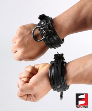 LEATHER SUPREME CHOKER WRIST RESTRAINTS WR005